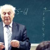Профессор И.М. Стариков на лекции в университете 2