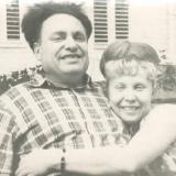 1966 год М.С. Лисянский с дочерью Тамарой.Из архива семьи М. Лисянского