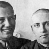 Михаил Дудин и Марк Лисянский. Иваново. 1935 год.Фото из книги Б.Арова Чистые струны Марка Лисянского