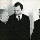 С Расулом Гамзатовым и Андреем Вознесенским