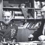 С героем Сталинграда  маршалом В.И. Чуйковым в редакции Молодой гвардии