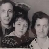 Л.Н. Вышеславский с женой и дочерью Ириной