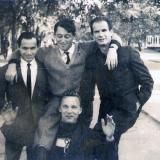 Слева направо Георгий Сарапион, Яков Тублин, Владимир Зельцер. Внизу Вячеслав Качурин. 1965 г.