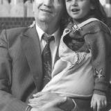 Malarov s vnuchkoi 1995