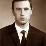 Валерий Бабич - автор книги Наши авианосцы - 1967 год