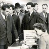 Завод Арсенал 1962 г.В центре Яков Тублин, крайний справа Сергей Крыжановский