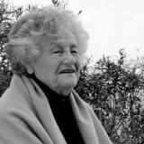 Сара Погреб 2012 год