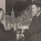 Вручение значка «Отличник народного образования» А.М. Топорову. г. Николаев. 07.12.1961 г.