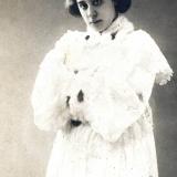 Супруга А.С. Вознесенского- популярная актриса немого кино, заслуженная артистка РСФСР В.Л. Юренева
