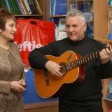 В.Марущак та поет В. Качурiн