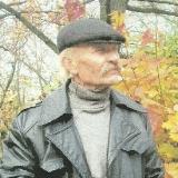 Поет Юрiй Зiньковський